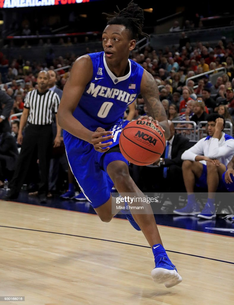 Kyvon Davenport #0 of the Memphis Tigers drives to the basket during a semifinal game of the 2018 AAC Basketball Championship against the Cincinnati Bearcats at Amway Center on March 10, 2018 in Orlando, Florida.