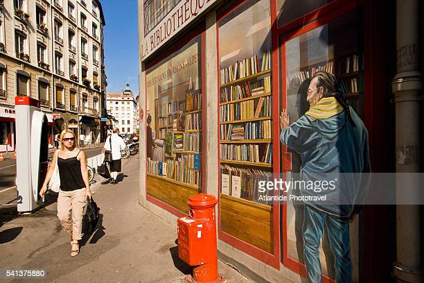 La Bibliotheque de la Cite Mural Painting in Lyon