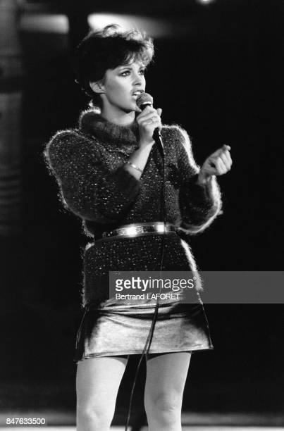 La chanteuse ecossaise Sheena Easton lors de l'emission 'Stars' presentee par Michel Drucker sur TF1 le 28 septembre 1981 Paris France