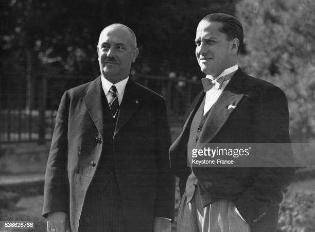 La comte Ciano et le maire de Vienne photographiés à la Villa Bessarione à Rome Italie le 30 septembre 1936