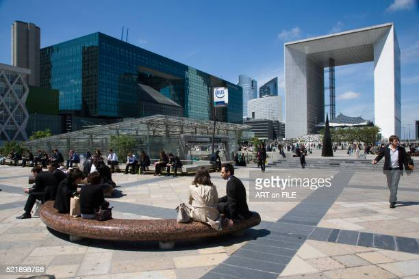 La Defense Overview