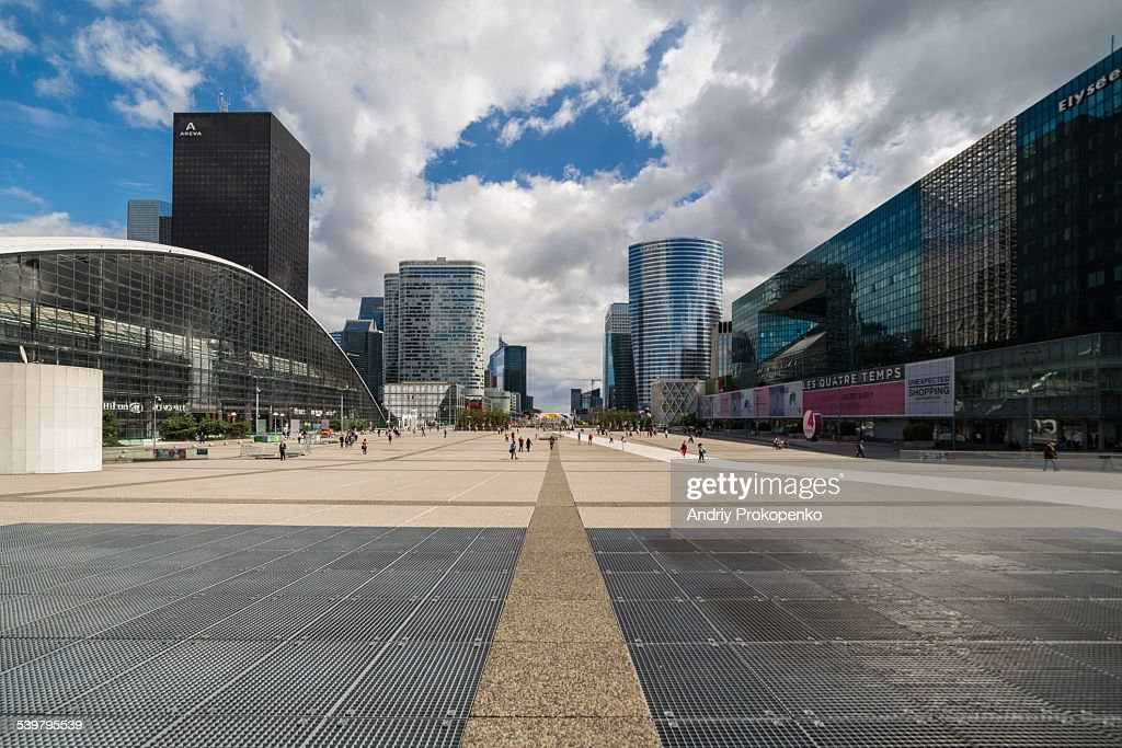 La Defense Plaza, Paris