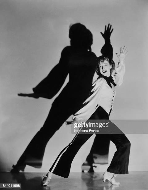 La fille de l'acteur américain Paul Sone préparant une scène de son premier film à Hollywood Californie EtatsUnis le 9 décembre 1934