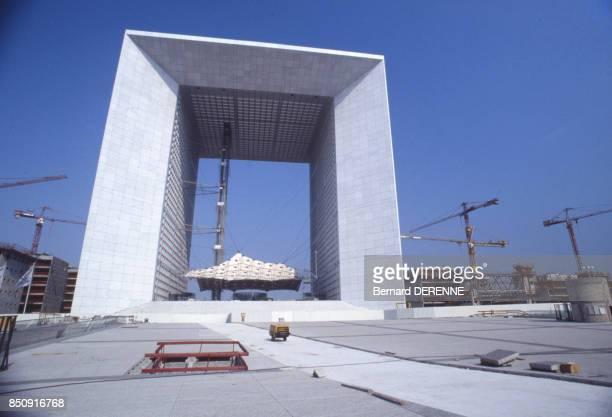 La Grande Arche de la Défense en mai 1989 à Puteaux France