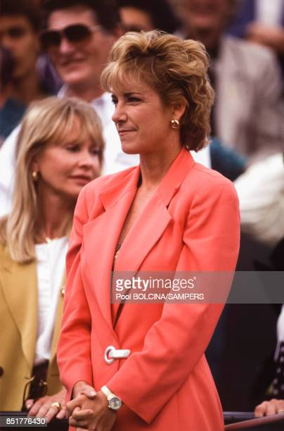 La joueuse de tennis Chris Evert lors des Internationaux de France de tennis au stade RolandGarros le 6 juin 1992 à Paris France