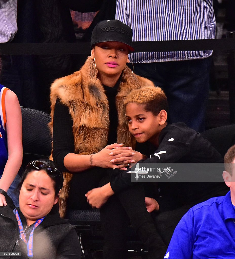 Celebrities Attend The Phoenix Suns Vs New York Knicks ...