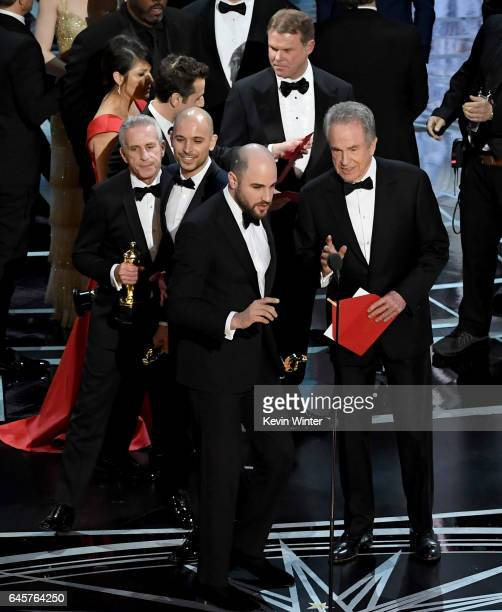 'La La Land' producer Jordan Horowitz announces actual Best Picture winner as 'Moonlight' after a presentation error with actor Warren Beatty onstage...