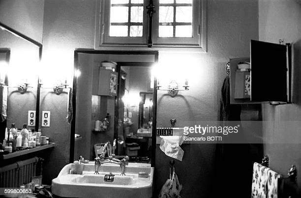 La madrague photos et images de collection getty images - Maison de brigitte bardot ...