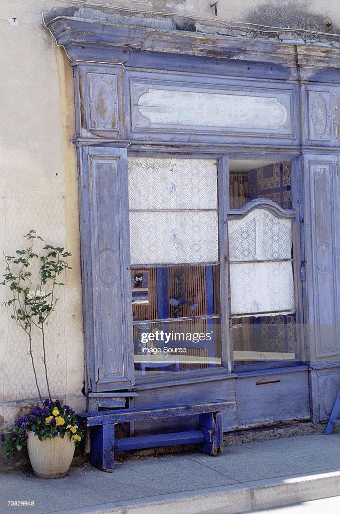 La Maison Bleue, nr Luberon : Stock Photo