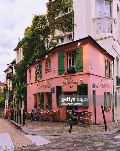 La Maison Rose on Rue de L'Abreuvoir