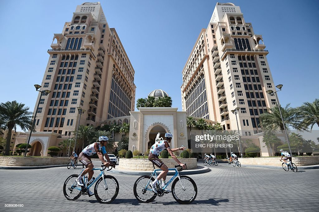 La Mondiale cycling team practice on the eve of the fifteenth edition of the Tour of Qatar in Doha, on February 7, 2016. / AFP / ERIC FEFERBERG