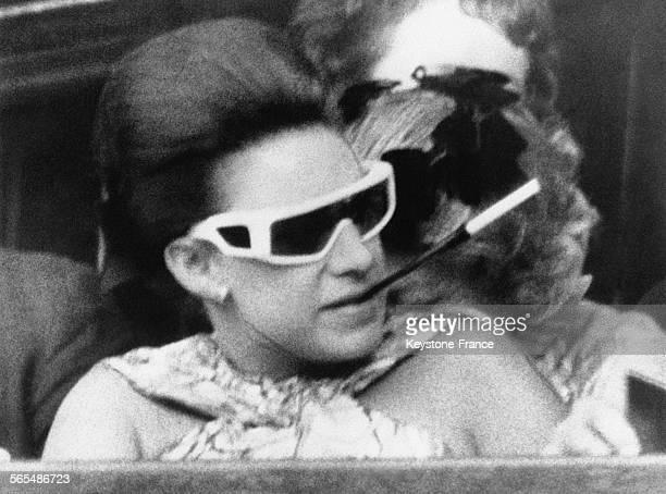 La Princesse Margaret dans sa période hippie dans les tribunes du tournoi de tennis anglais le 5 juillet 1968 à Wimbledon RoyaumeUni