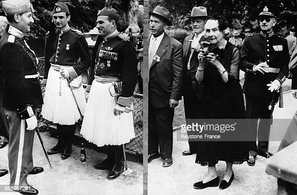 La Princesse Marie de Grèce prend des photos lors des célébrations du 300ème anniversaire de la Garde Nationale danoise le 4 juillet 1958 à...