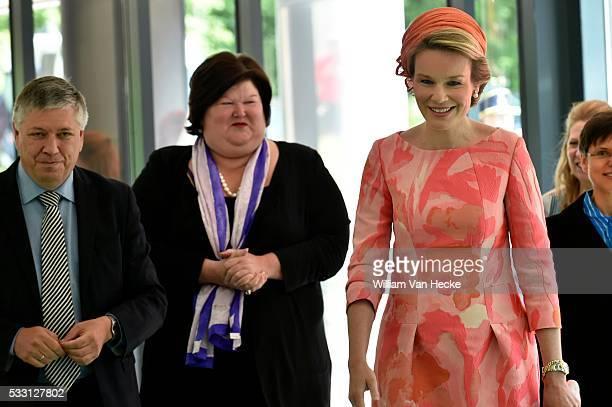 La Reine Mathilde assiste à l'inauguration officielle du Centre Universitaire Mère et Enfant de l'Universitair Ziekenhuis Antwerpen La Reine a...