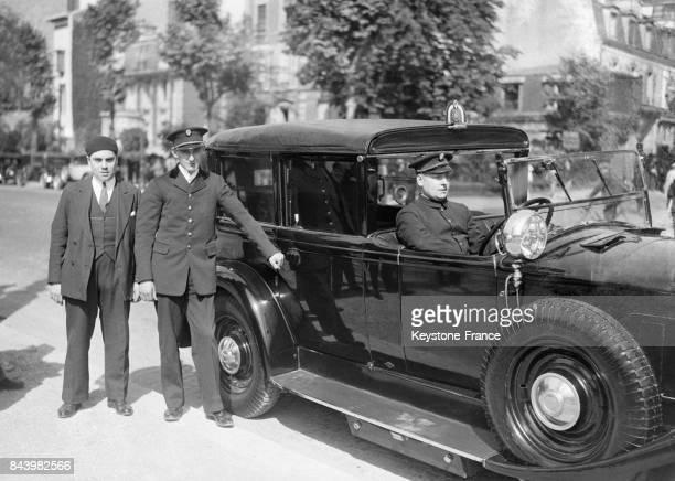La Renault Reinastella voiture du Président de la République à Paris France en 1932