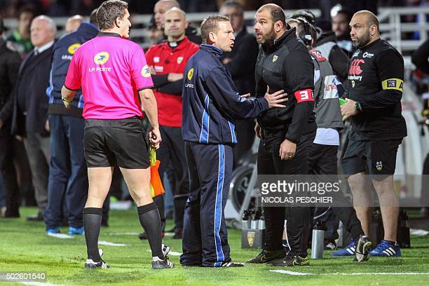 La Rochelle's headcoach Patrice Collazo reacts after referee's decision to not accept a try during the French Top 14 rugby union match between Pau...