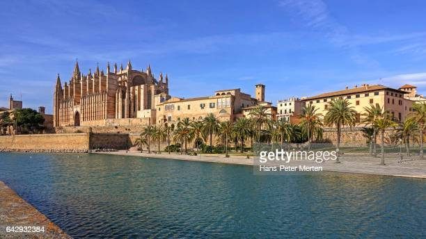 La Seu Cathedral with Royal Palace, Parc de la Mar, Palma de Mallorca, Majorca, Balearic Islands, Spain