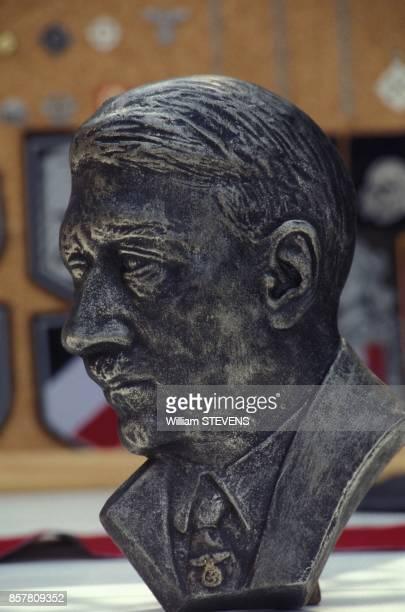 La Societe de Claude Cornilleau diffuse des insignes nazis interdis de vente ici le buste de Hitler le 13 juillet 1994 a Paris France