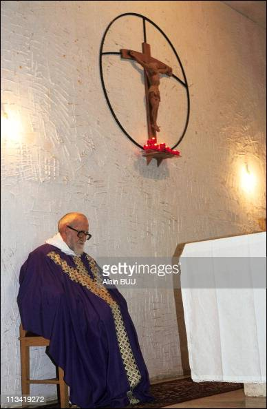 l'abbe Pierre On March 10th 1991 In Beyrouth Liban Mass At Notre Dame Des Anges