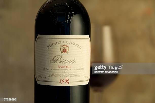 Etichetta di una bottiglia dal 1988 Barolo vite