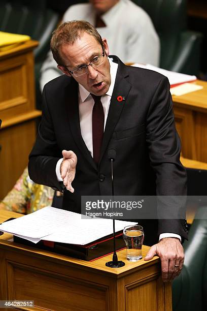 Labour leader Andrew Little responds to Prime Minister John Key's Ministerial Statement regarding New Zealand's contribution to the coalition against...