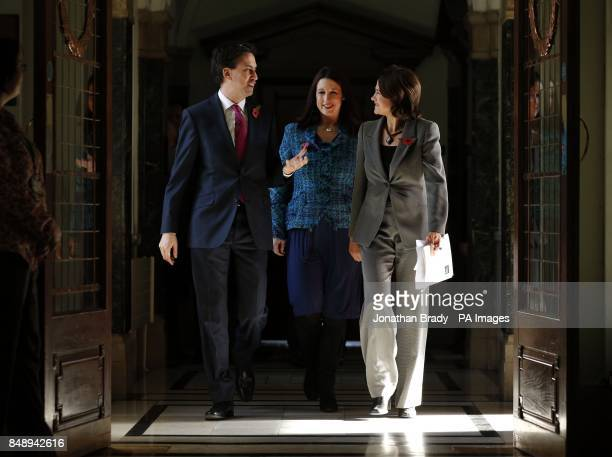 Labour leader Ed Miliband Ed Miliband accompanied by Islington council leader Catherine West and Labour shadow minister Rachel Reeves walk through a...