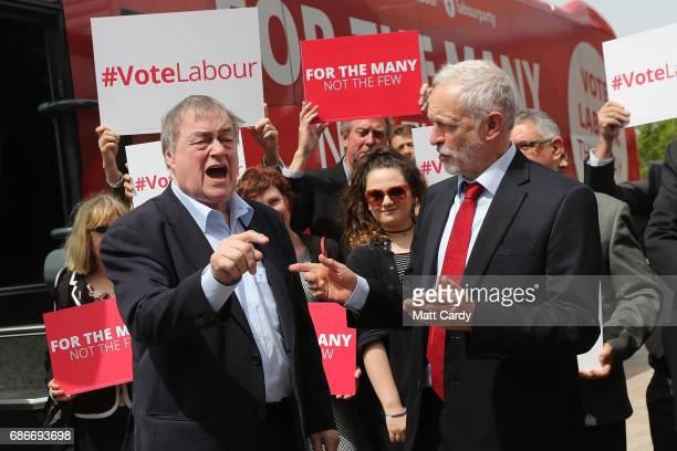 Labour leader Jeremy Corbyn attends a campaign rally with former Deputy Prime Minister Lord Prescott on May 22 2017 in Hull England Britain goes to...