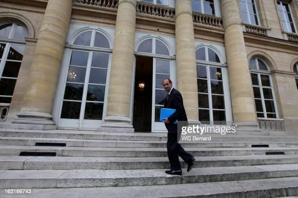 Labour Minister Eric Woerth Paris lundi 6 septembre 2010 7h45 Eric WOERTH reçoit l'équipe de 'Paris Match' au ministère du Travail rue de Grenelle...