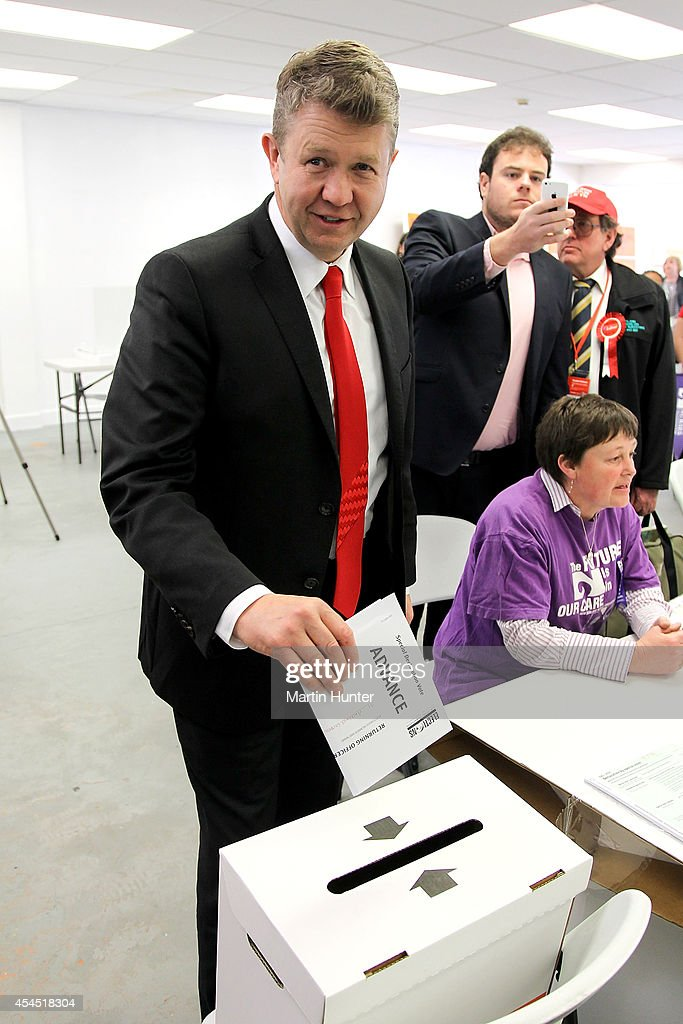 Labour Party leader <a gi-track='captionPersonalityLinkClicked' href=/galleries/search?phrase=David+Cunliffe&family=editorial&specificpeople=707125 ng-click='$event.stopPropagation()'>David Cunliffe</a> casts an early vote at a polling station on September 3, 2014 in Christchurch, New Zealand. Cunliffe cast an early vote before travelling to Auckland to campaign ahead of the September 20 election.