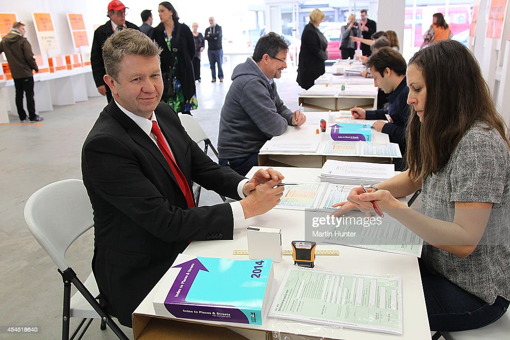 Labour Party leader <a gi-track='captionPersonalityLinkClicked' href=/galleries/search?phrase=David+Cunliffe&family=editorial&specificpeople=707125 ng-click='$event.stopPropagation()'>David Cunliffe</a> fills out his voting paper before casting an early vote at a polling station on September 3, 2014 in Christchurch, New Zealand. Cunliffe cast an early vote before travelling to Auckland to campaign ahead of the September 20 election.