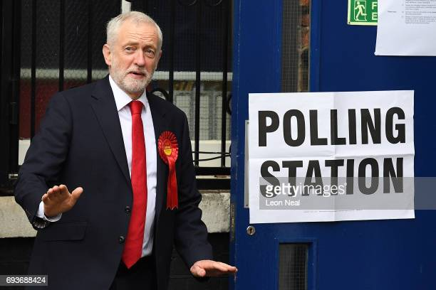 Labour party leader Jeremy Corbyn smiles as he leaves the polling station at Pakeman Primary School on June 8 2017 in London England Polling stations...