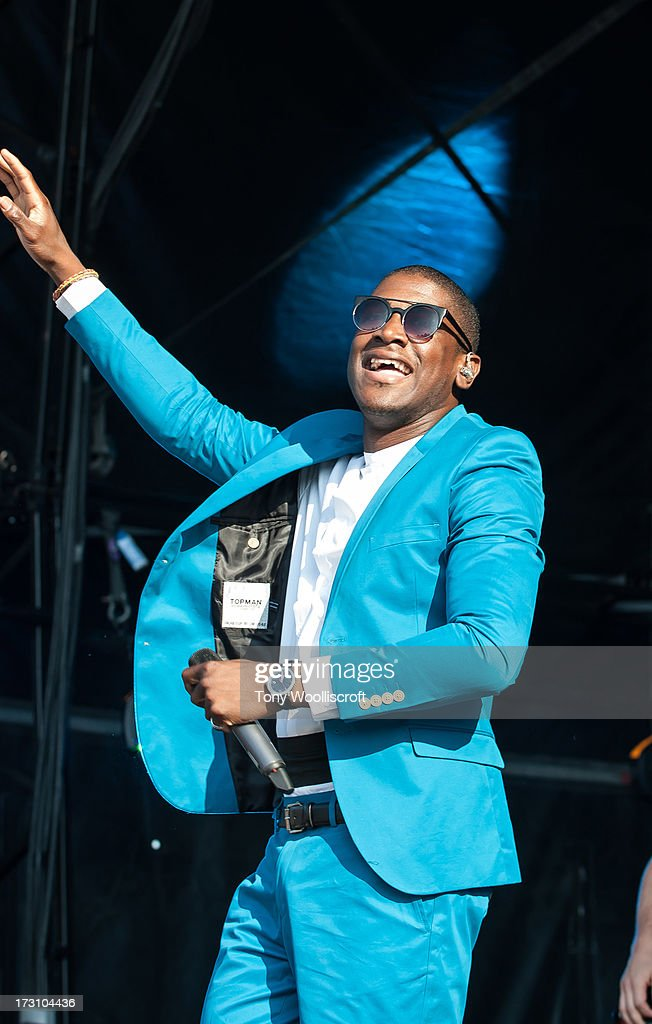 <a gi-track='captionPersonalityLinkClicked' href=/galleries/search?phrase=Labrinth+-+Musician&family=editorial&specificpeople=7211457 ng-click='$event.stopPropagation()'>Labrinth</a> performs at Alton Towers Live at Alton Towers on July 6, 2013 in Alton, England.
