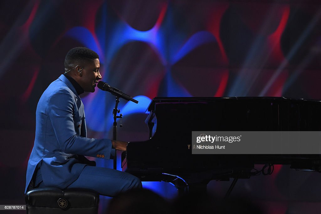 Labrinth performs at the Billboard Women in Music 2016 event on December 9, 2016 in New York City.