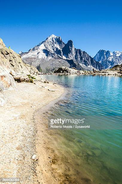 Lac Chesery Aiuguille Verte France