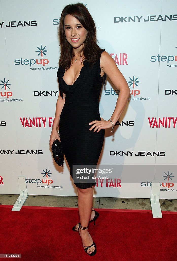 DKNY Jeans Presents Vanity Fair in Concert to Benefit Step Up Women's Network