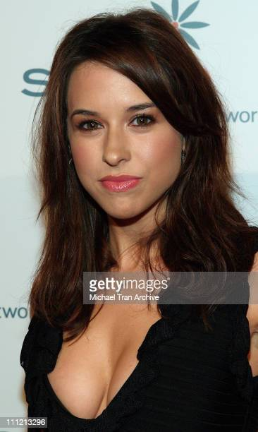 Lacey Chabert at DKNY Jeans Presents Vanity Fair in Concert
