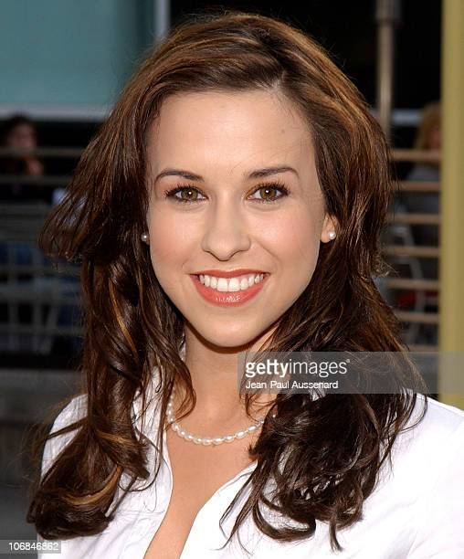 Lacey Chabert during 'Lemony Snicket's A Series of Unfortunate Events' Los Angeles Premiere Arrivals at Cinerama Dome in Hollywood California United...