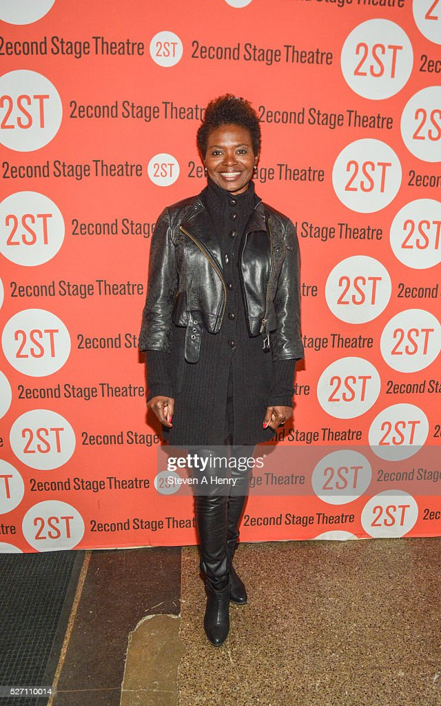 <a gi-track='captionPersonalityLinkClicked' href=/galleries/search?phrase=LaChanze&family=editorial&specificpeople=4190601 ng-click='$event.stopPropagation()'>LaChanze</a> attends 'Dear Evan Hansen' opening night at Second Stage Theatre on May 1, 2016 in New York City.