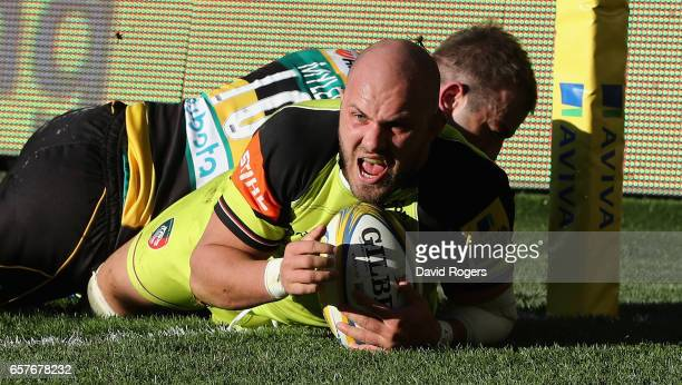 Lachlan McCaffrey of Leicester dives over for a late try during the Aviva Premiership match between Northampton Saints and Leicester Tigers at...