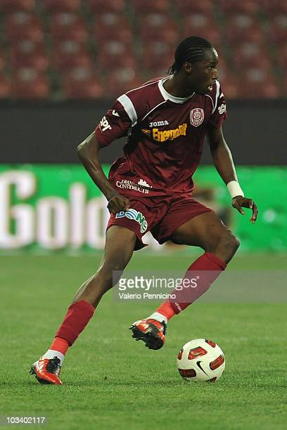 Lacina Traore of CFR 1907 Cluj in action during the Liga 1 match between CFR 1907 Cluj and Astra Ploiesti at Constantin Radulescu Stadium on August...