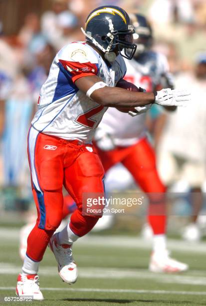 LaDainian Tomlinson of the AFC carries the ball against the NFC during the NFL Pro Bowl Game February 10 2007 at Aloha Stadium in Honolulu Hawaii The...