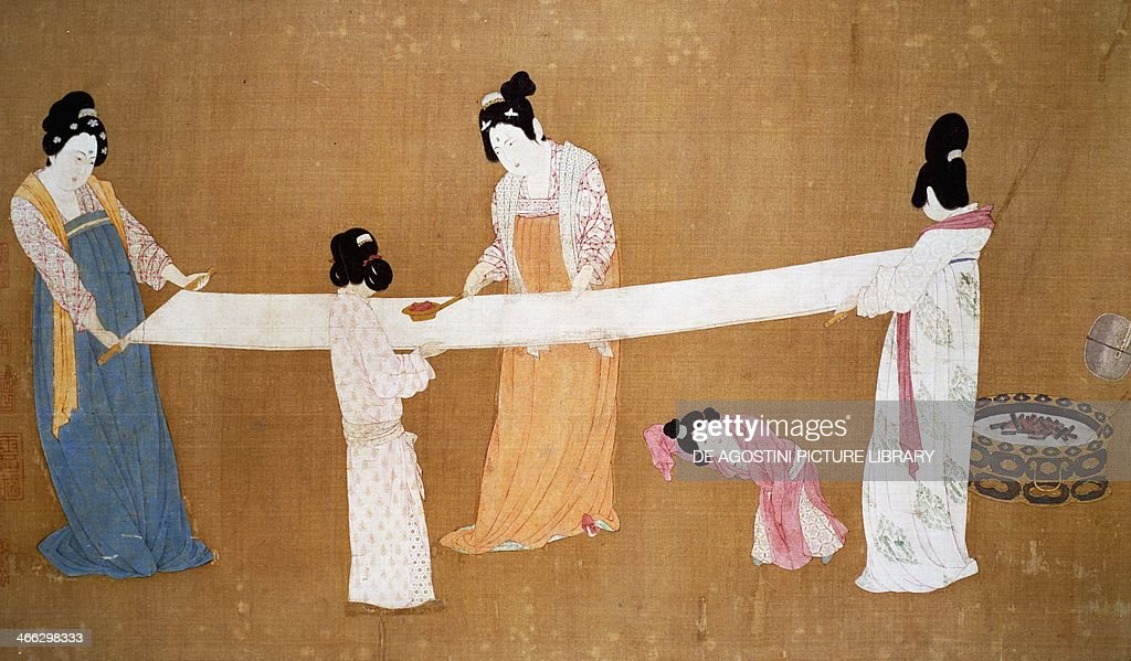 Ladies preparing the newly woven silk painting attributed to Emperor HuiTsung Song Dynasty China 11th12th century