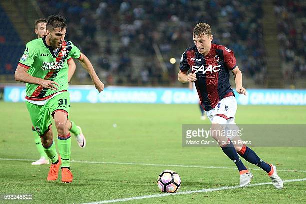 Ladislav Krejci of Bologna FC in action during the Serie A match between Bologna FC and FC Crotone at Stadio Renato Dall'Ara on August 21 2016 in...