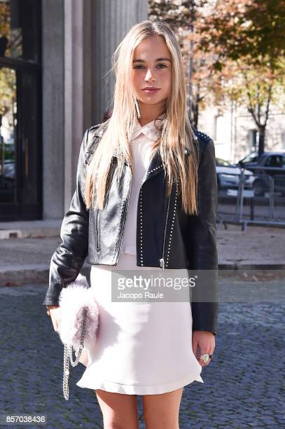 Lady Amelia Windsor is seen arriving at Miu Miu show during Paris Fashion Week Womenswear Spring/Summer 2018 on October 3 2017 in Paris France