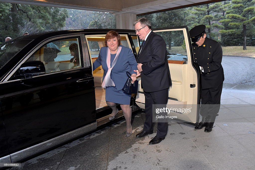TOKYO, JAPAN FEBRUARY 26(SOUTH AFRICA OUT): Lady Anna Komorowska and President Komorowski step out the limousine to meet The Emperor Akihito and Empress Michiko of Japan on February 26, 2015 at the Imperial Palace, in Tokyo, Japan.
