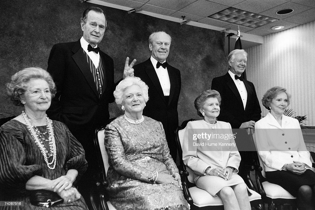 Lady Bird Johnson, President George H.W. Bush, Barbara Bush, President Gerald R. Ford, Betty Ford, President <a gi-track='captionPersonalityLinkClicked' href=/galleries/search?phrase=Jimmy+Carter+-+US+President&family=editorial&specificpeople=93589 ng-click='$event.stopPropagation()'>Jimmy Carter</a>, and Rosalyn Carter pose for a formal group portrait at the Gerald R. Ford Library re-dedication on April 16, 1997 in Grand Rapids, Michigan.