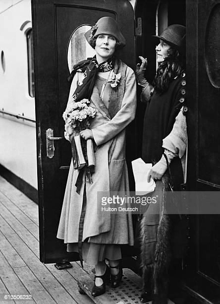Lady Diana Cooper with her mother on board ship as they arrive back in Britain 1924 Lady Diana is returning to help her husband the politician Sir...