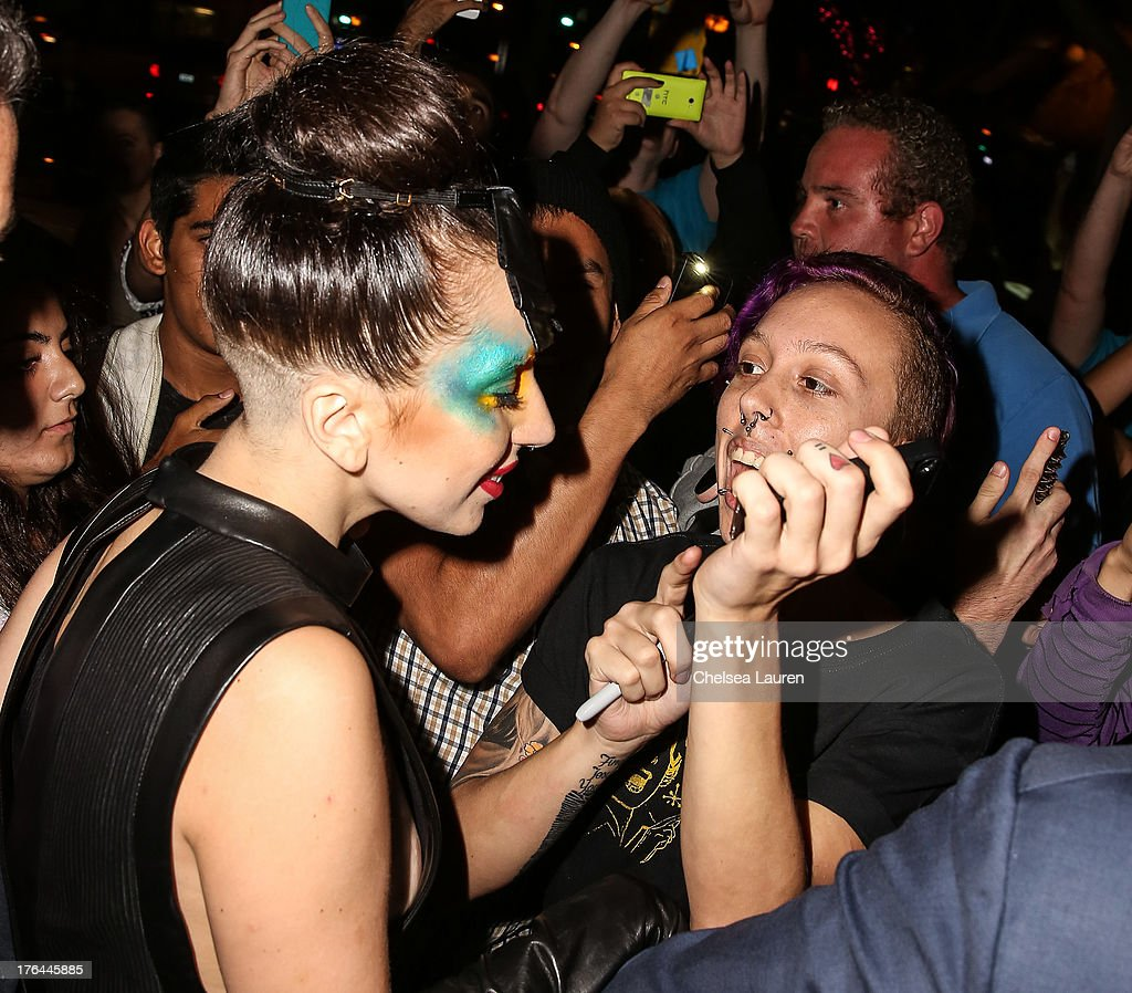 Lady Gaga arrives at a drag show with the cast of 'RuPaul's Drag Race' at Micky's on August 12, 2013 in Los Angeles, California.