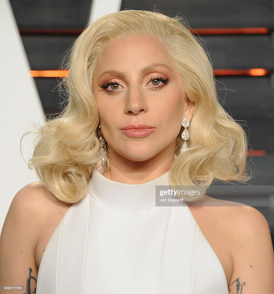 Lady Gaga arrives at the 2016 Vanity Fair Oscar Party Hosted By Graydon Carter at Wallis Annenberg Center for the Performing Arts on February 28, 2016 in Beverly Hills, California.