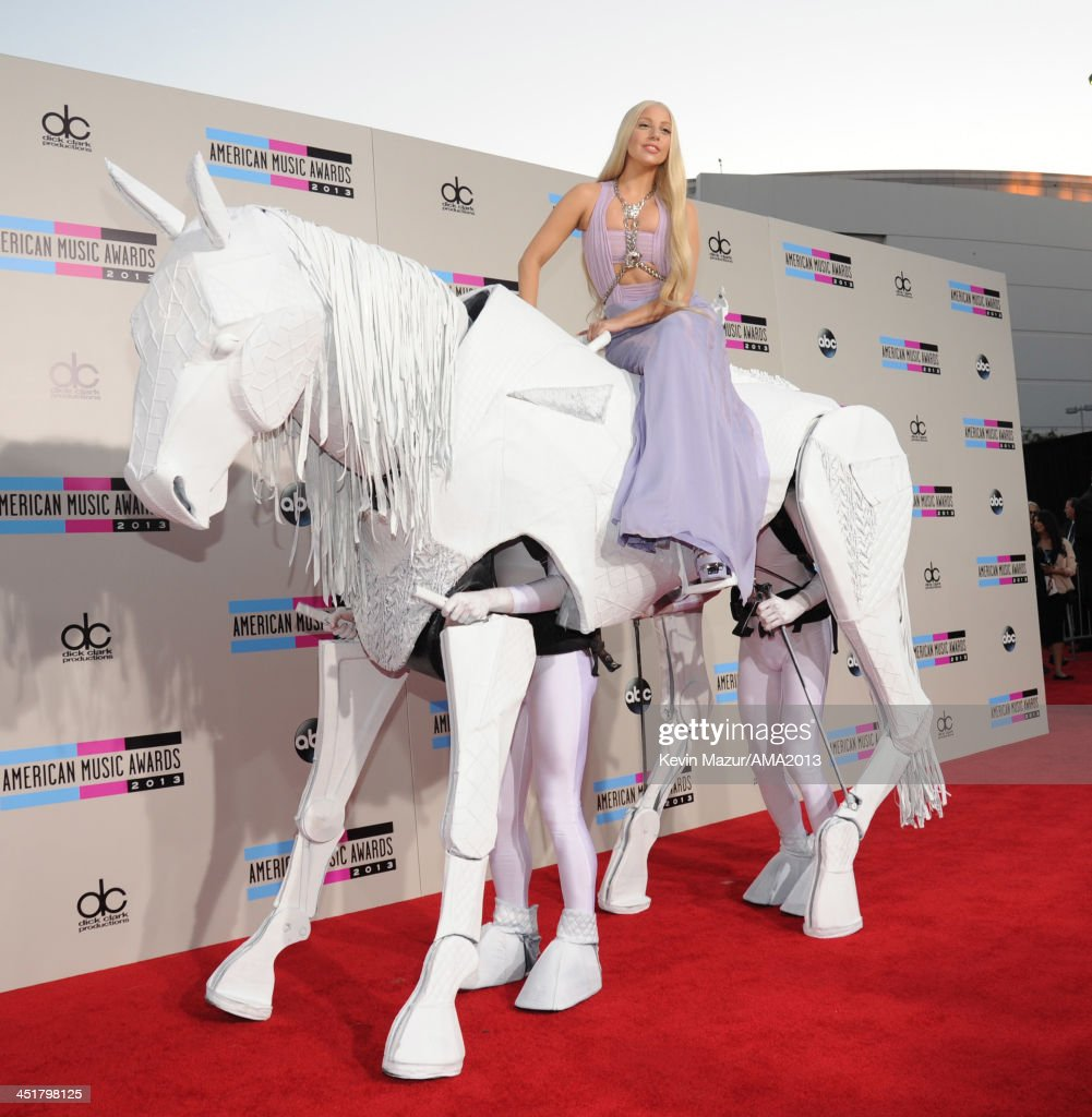 <a gi-track='captionPersonalityLinkClicked' href=/galleries/search?phrase=Lady+Gaga&family=editorial&specificpeople=4456754 ng-click='$event.stopPropagation()'>Lady Gaga</a> attends the 2013 American Music Awards at Nokia Theatre L.A. Live on November 24, 2013 in Los Angeles, California.